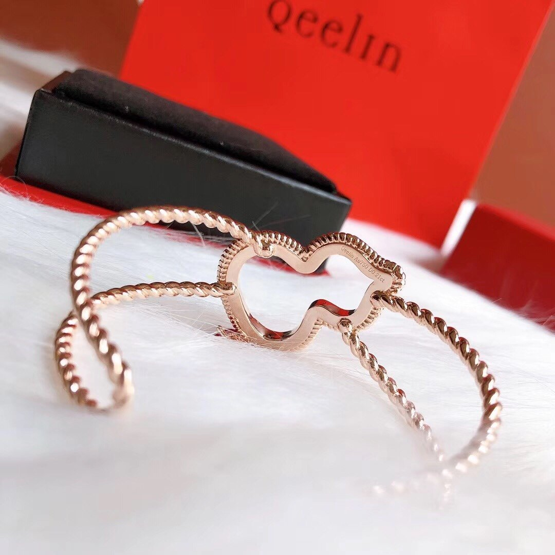 2020 new fashion accessories top quality ladies hard bracelets 91O1