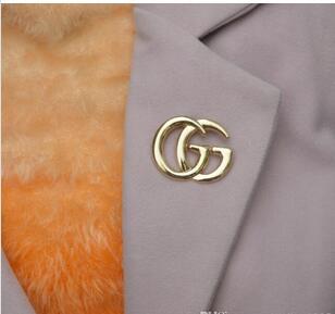 Vintage Hermosa hombres Pin mujeres Moda Wolf Broche Oro Idea de Regalo