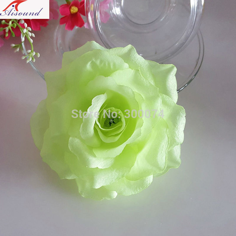 Green rose flowers for wedding arch
