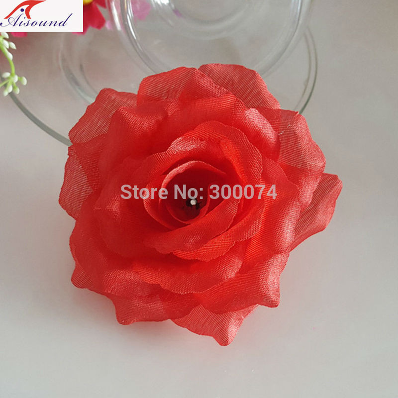 Brigt red rose arch flowers