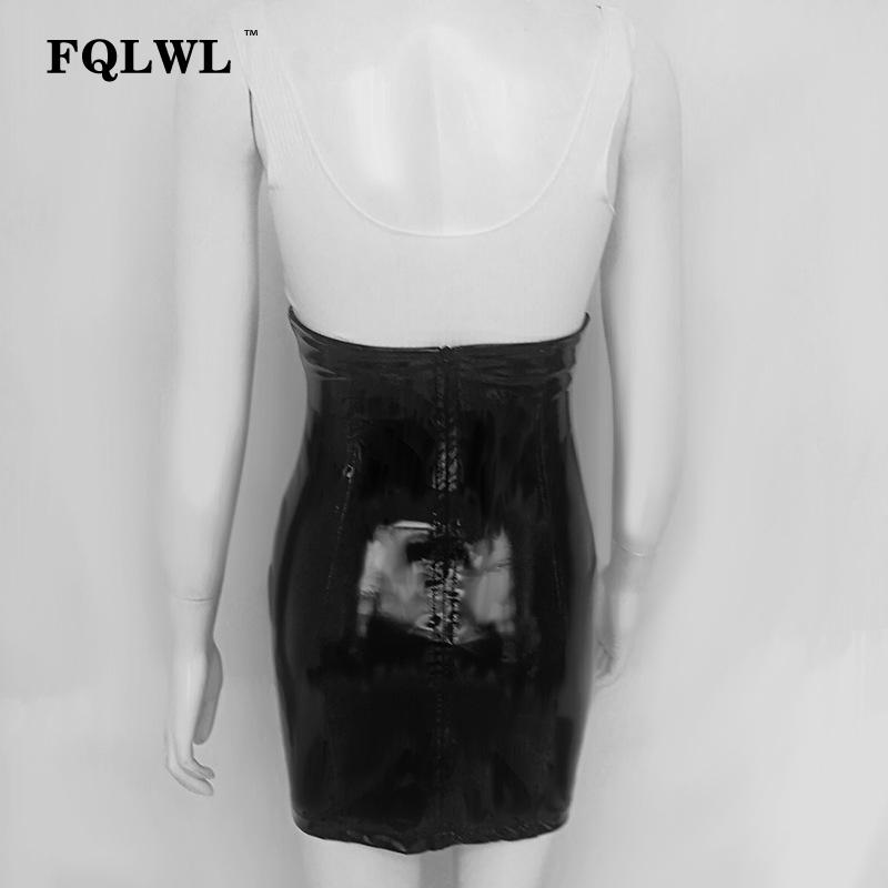 Fqlwl Sexy Cintura Alta de Cuero de La Pu Falda Mujeres Pvc Negro Bodycon Latex Mini Falda Otoño Casual Streetwear Lápiz Corto Faldas MX190714