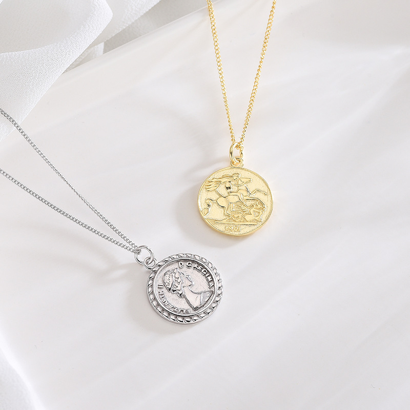 Wholesale Y Korean Style S925 Sterling Silver Necklace Chain Womens Silver Elizabeth Portrait Coin Pendant Long Necklace Name Necklace Gold Necklace From Susanguan1986 4 22 Dhgate Com