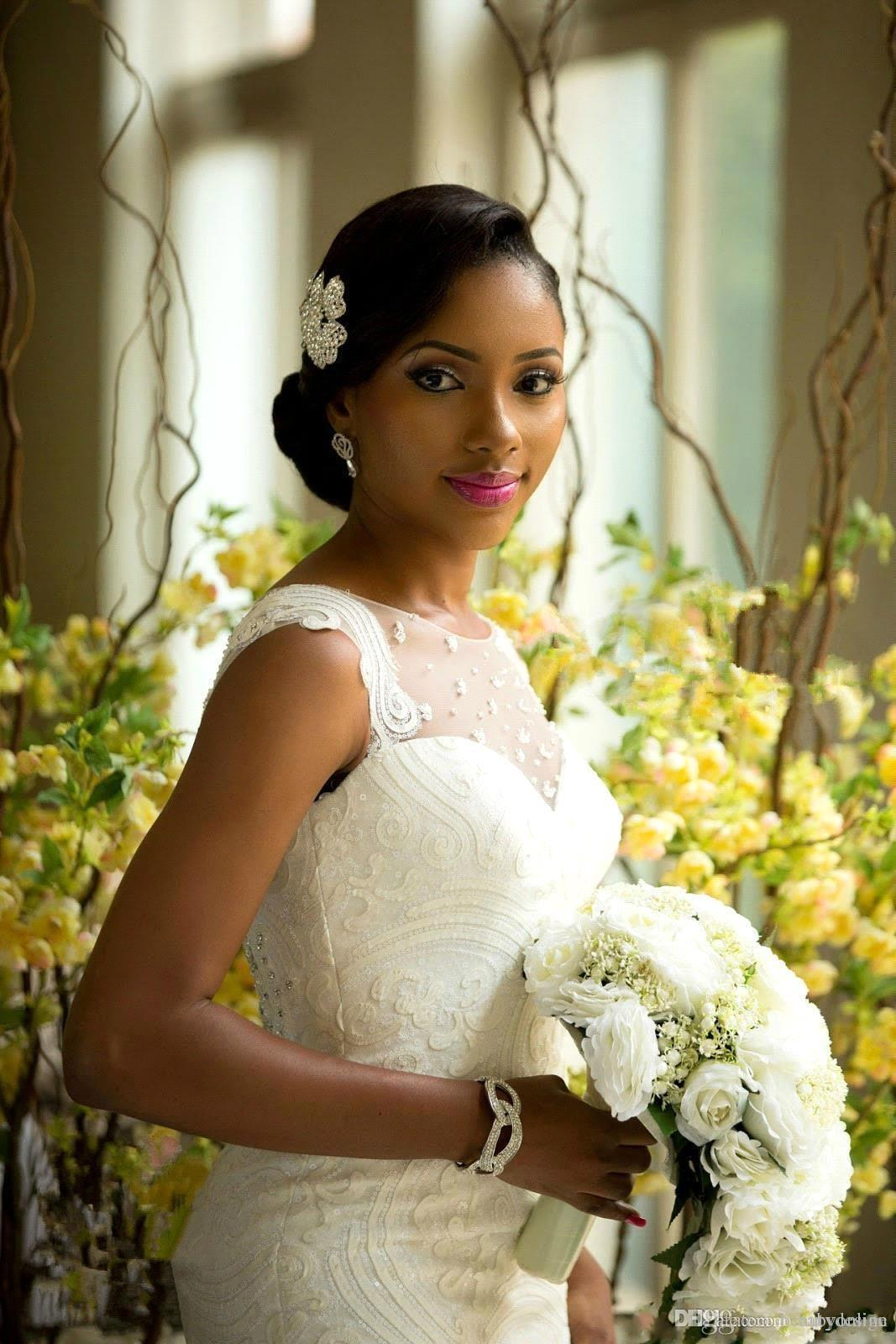 2017 Garden Wedding Dresses Mermaid Illusion Neckline Bridal Gowns Nigerian Lace Covered Button Back Long African Aso Ebi Wedding Gown
