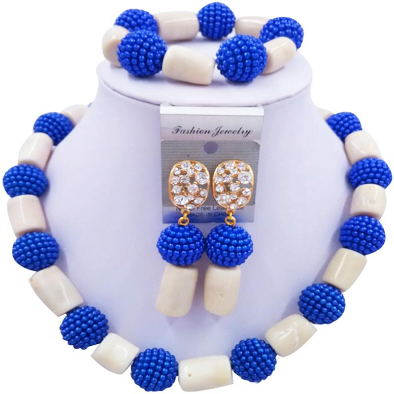Jewelery Set Blue and White