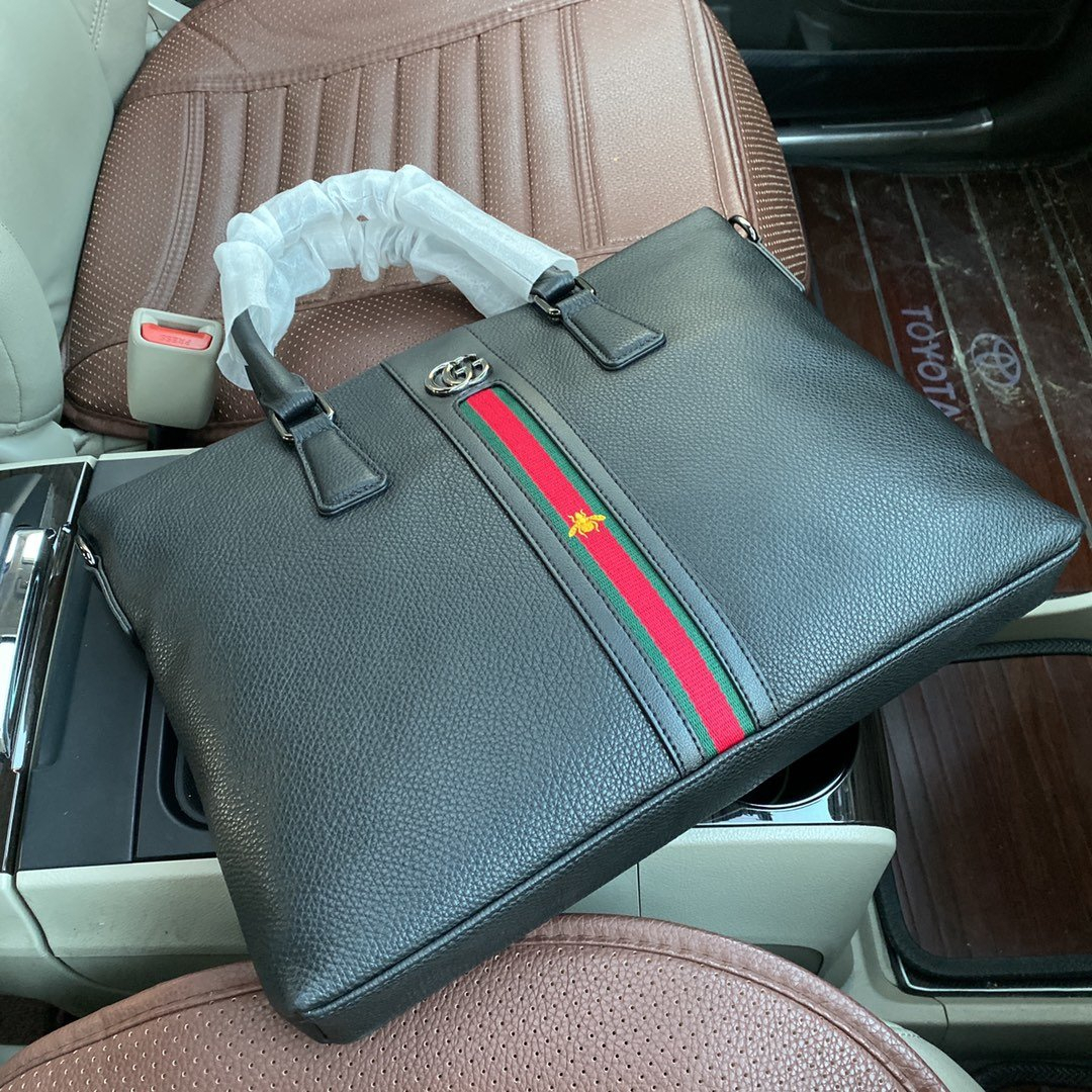 2020 Fashion men Classic quality personality purses handbags shoulder bag bags man Leisure leather handbag