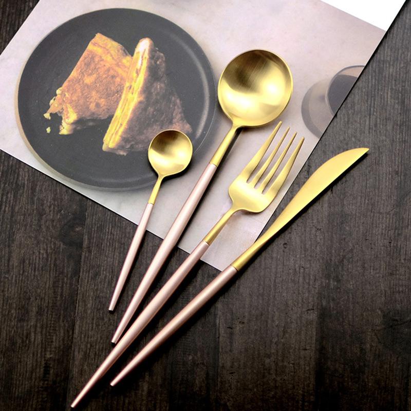 Pink gold dinner set (2)