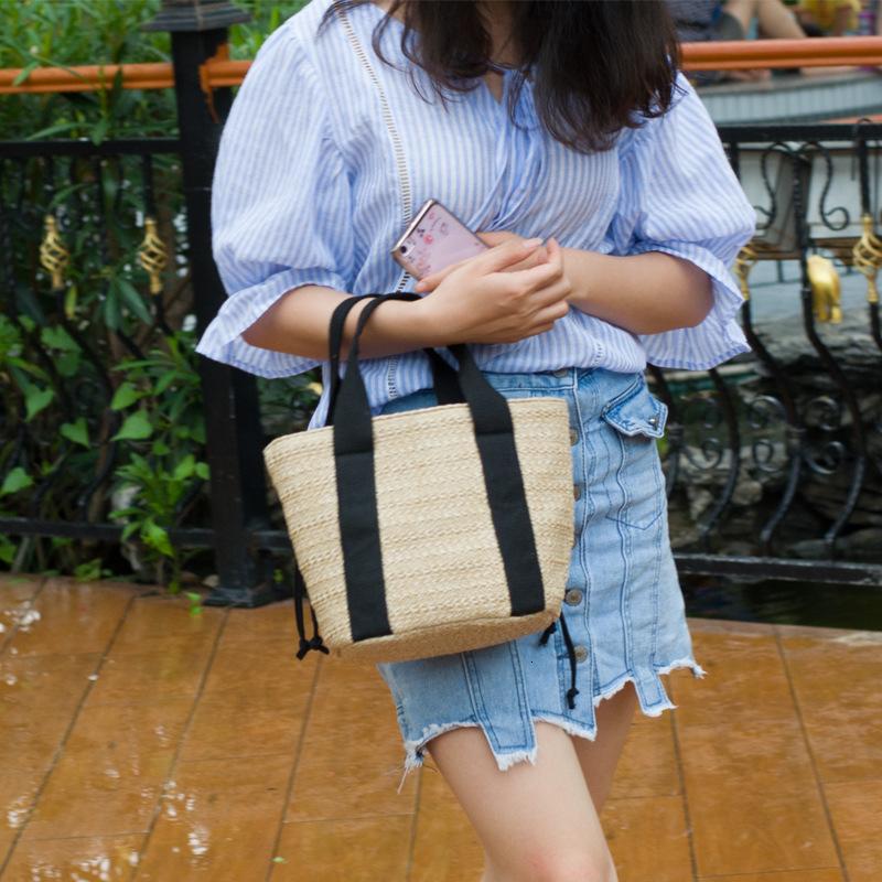 Female Guangzhou Straw Weaving Blockhead Drawstring Bucket Weave On Vacation Sandy Beach Package Tide Handbag Bags Handbags