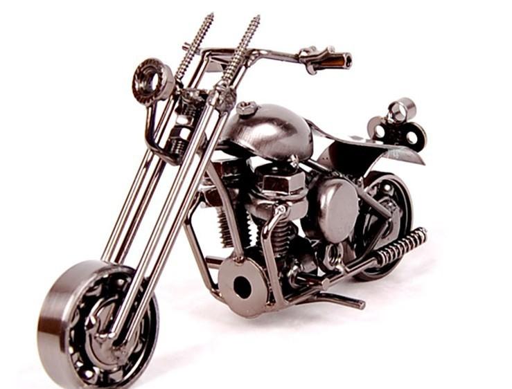 Motor Figurine (17)