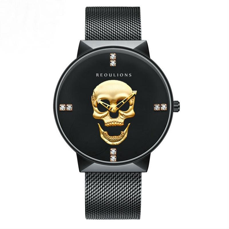 Montre simples hommes populaires dans le commerce extérieur, crâne tête ceinture maille métal noir tendance créative