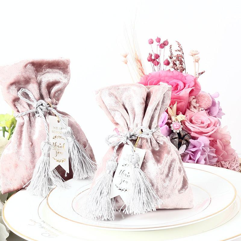 Teşekkür Kartı Ile yeni Kadife Hediye Çantası Saçaklı Düğün Iyilik Ve Hediye Kutusu Şeker Kutuları Ile Düğün Bebek Duş Parti Malzemeleri J190706