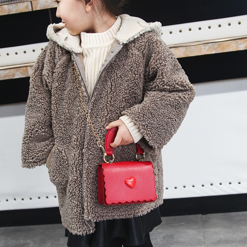Kids Handbags 2019 Korean Girls Mini Princess Purses Fashion Chain Cross-body Bags High Qualuity PU Heart Tote Bags Girls Gifts