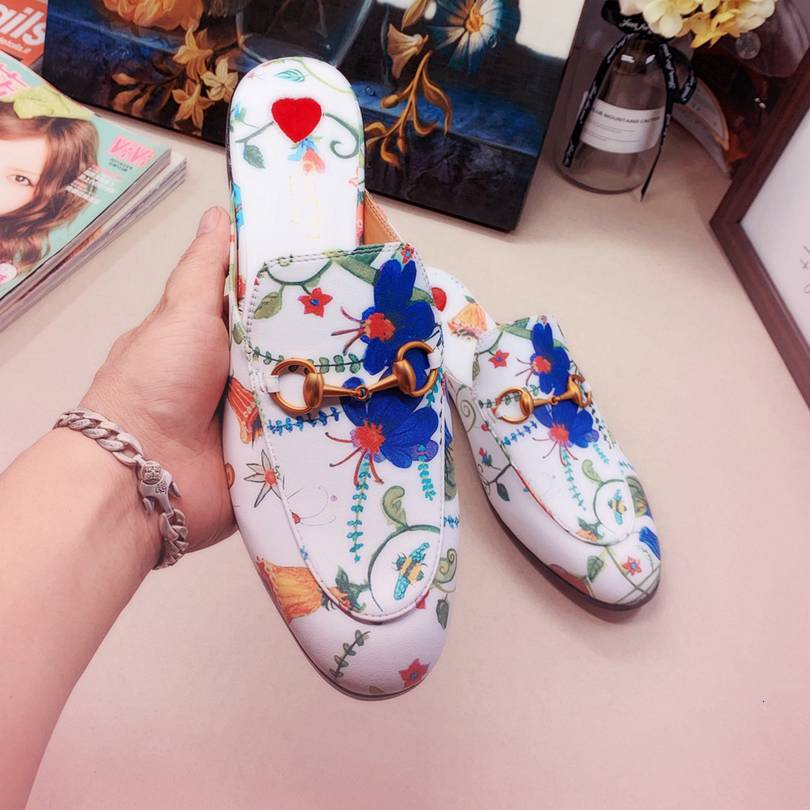 Lovers Slippers Black Leather Metal Bit Slippers Leather Open Back Slip-ons Stylish Backless Leather Casual Dress For 110601