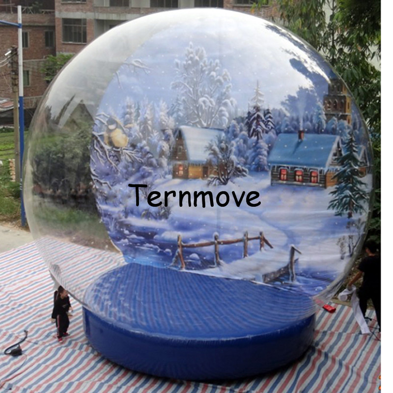Inflatable Christmas Snow Globe1