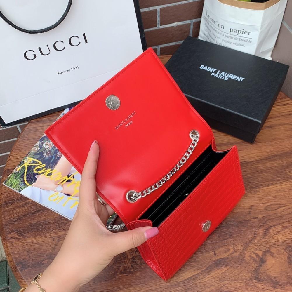 y 2019 Shoulder bag Messenger bag handbag, multi-layer packaging, made of imported cowhide bag women Size: 18.14