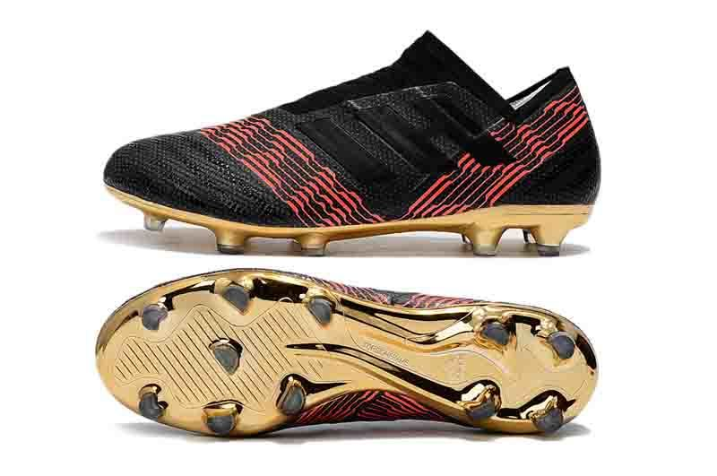 Nemeziz Messi 18.1 FG 360 TPU Agility Soccer Cleats Triple Black Magnetic Pyro Storm Mens Turf Soccer Training Cleats Boots Football Shoes