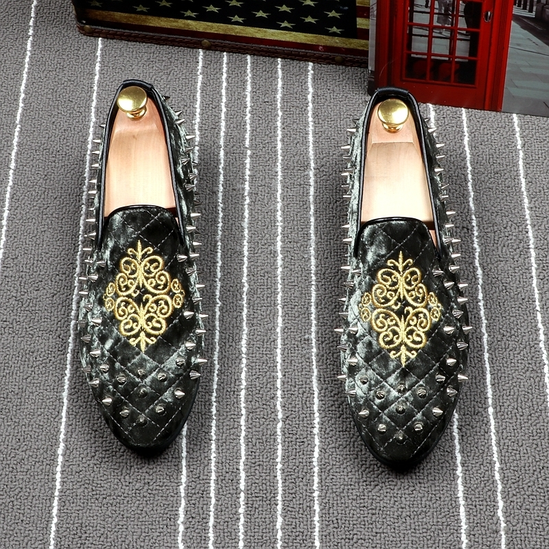 Fairy2019 Division Hairstyle Embroidery Flower Rivet Sharp Set Foot Loafer Ventilation Doug Shoe Small Leather Shoes Male