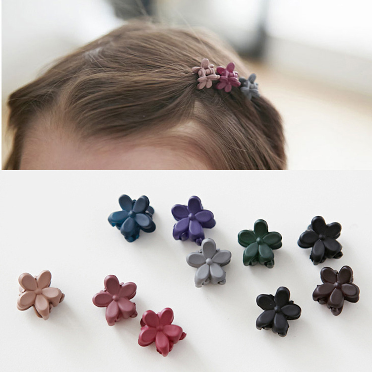 10 pcs Fashion Baby Girls Small Hair Claw Cute Candy Color flower Hair Jaw Now
