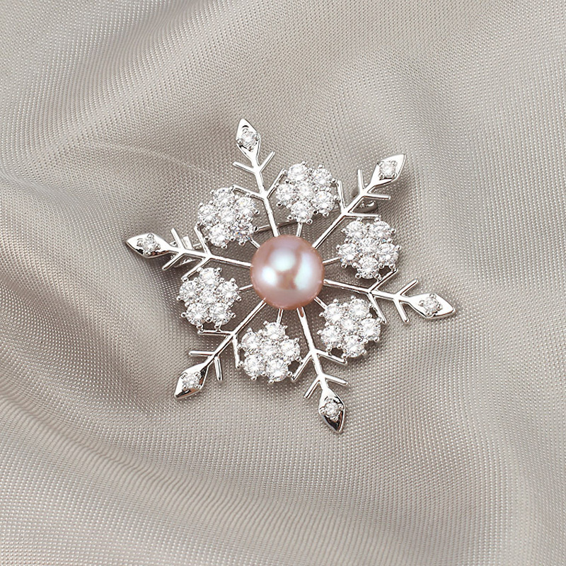 Snowflake Style Crystal Flower Brooches for Women Natural Pearl Pins Jewelry for Wedding Rhinestone Brooch Pin Accessories