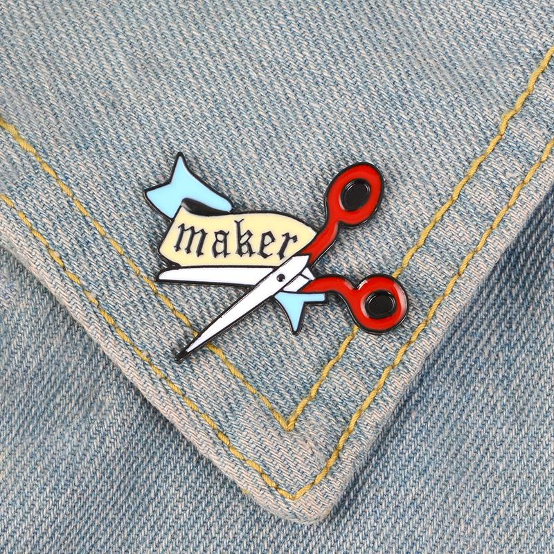 Scissors Enamel Pin Cartoon Banner Maker badge brooch Lapel pin Denim Jeans bag Shirt Collar Handcraft Jewelry Gift for Friends
