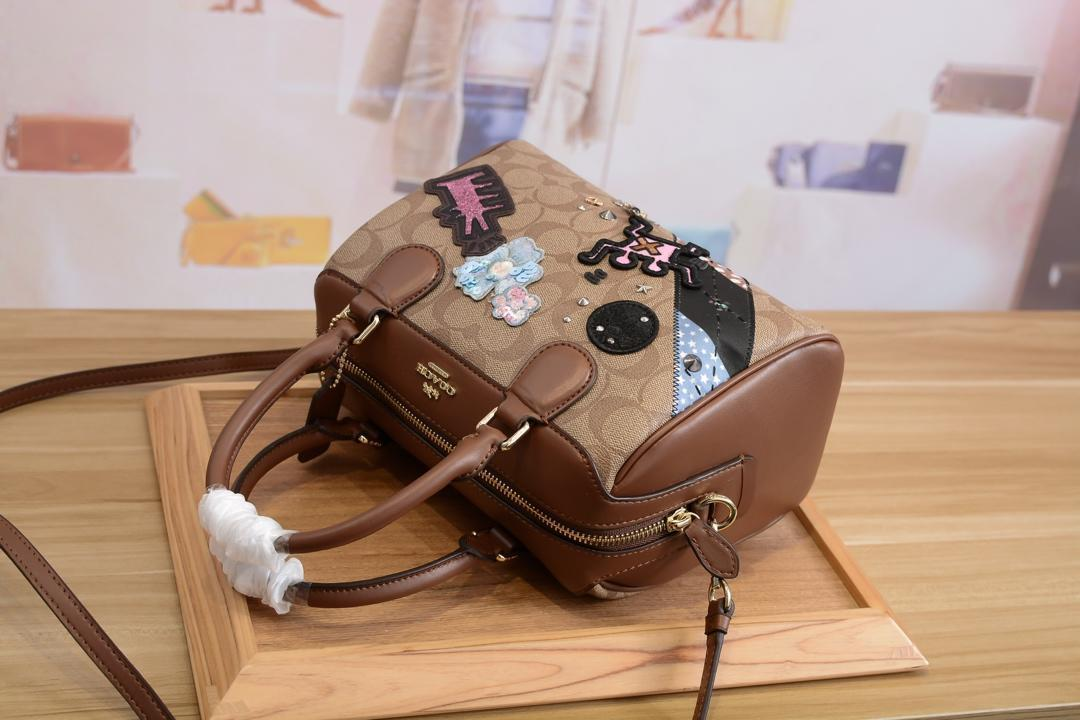 2019 рюкзак мода сумка мужчины и женщины рюкзак из мягкой кожи Элегантный прекрасный высокое качество школьный досуг сумка crossbody сумка co-a2