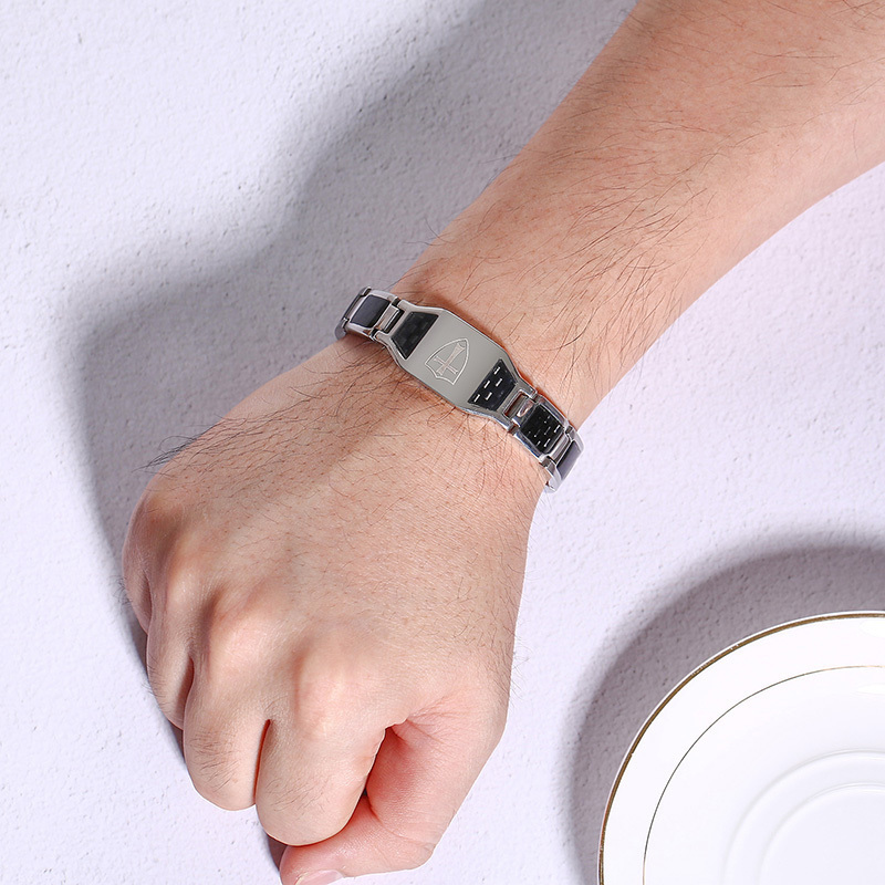 Stainless Steel Carbon Fiber Bangles Man Knights Templar Cross In Sliver Color Watch Brands Magnetic Health Thready Bracelet Men C19041703
