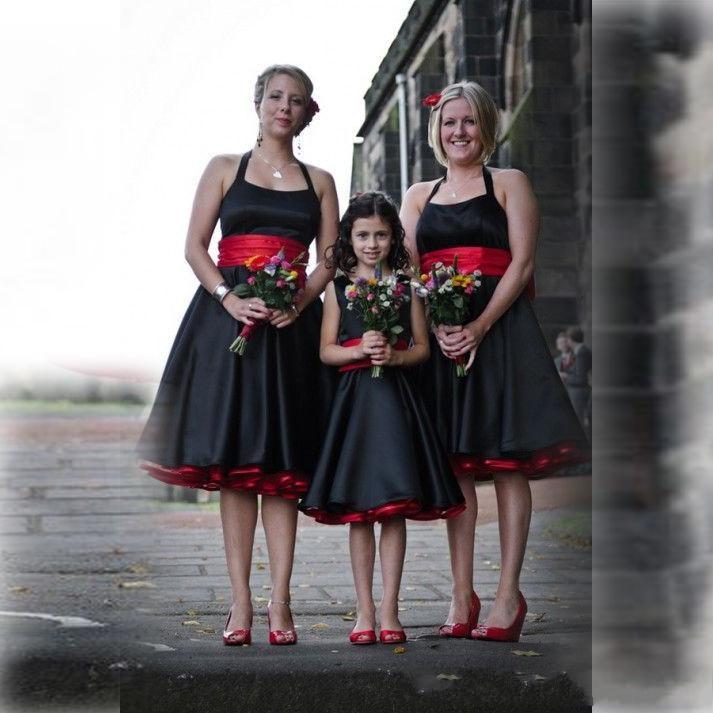 Vintage Black And Red Satin Halter Bridesmaid Dresses With Sash Sleeveless Backless Elegant Knee Length Junior Bridesmaid Dress