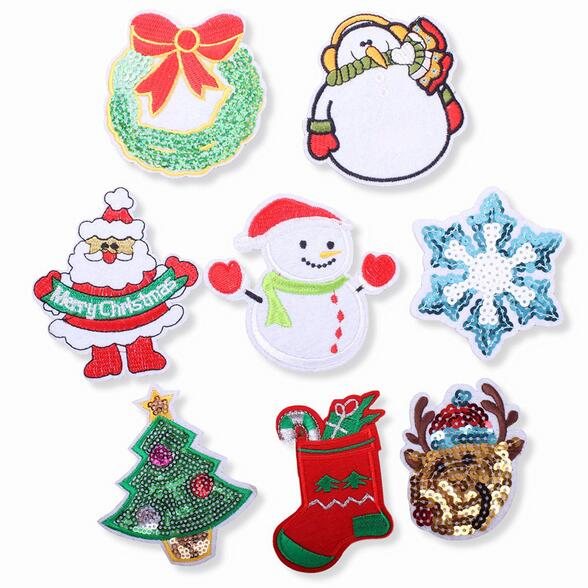 Sew On Patch XMAS Decoration Crafts Badge Father Christmas Embroidered Iron