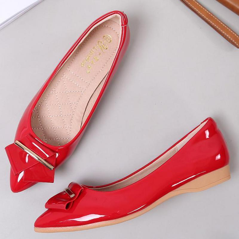 f0287fbe7c8 Hot Sale Patent Leather Loafers Boat Shoes Pointed Toe Crystal Flats ...