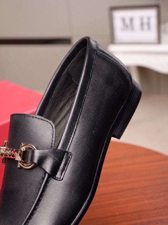 sapatos masculinos de couro 2019 moda maduros e simples conjunto de sapatos de couro RUA tamanho 38-44 WSJ019 textura shoesx6 delicada negócios