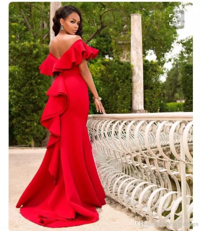 Gorgeous Red Off Shoulder Prom Dresses 2018 Satin Backless Mermaid Evening Gowns Saudi Arabia Ruched Sweep Train Formal Party Dress