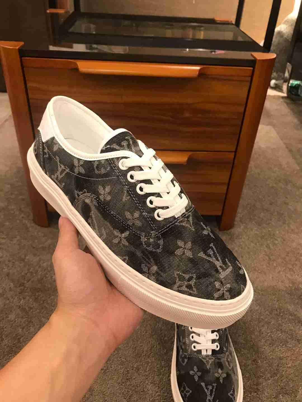 zapatos planos respirables nueva lona para hombre clásico monopatín zapatillas de deporte de los hombres ocasionales de verano en 1106X02