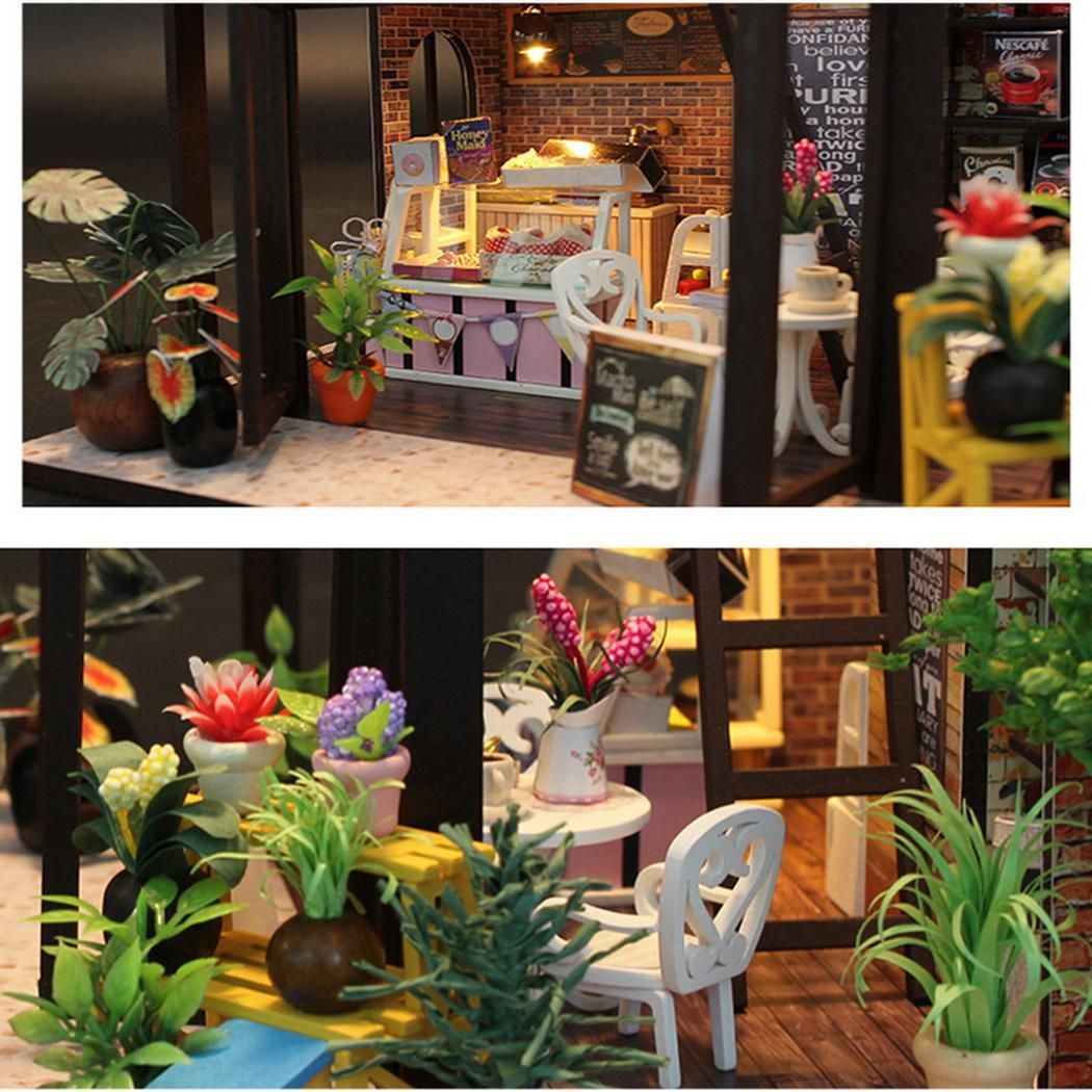 Dollhouse Miniature Model Doll House Miniature Hand-assembled coffee house Wooden DIY Doll House