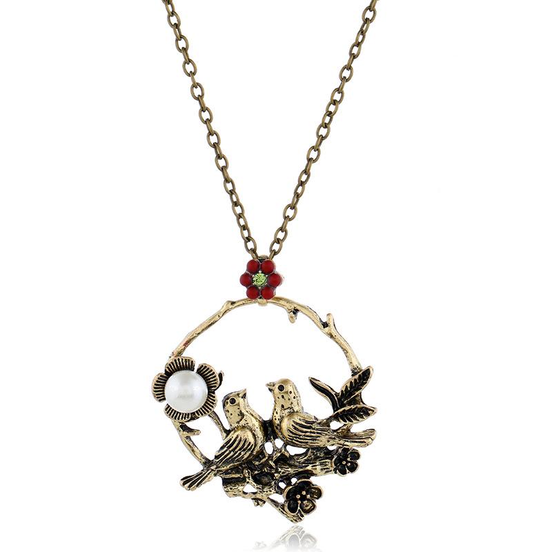 Europäische und amerikanische Mode Retro Red Flowers höhlen aus Vogel Elster Pflaumenblüte Perle Runde lange Halskette Pullover Kette