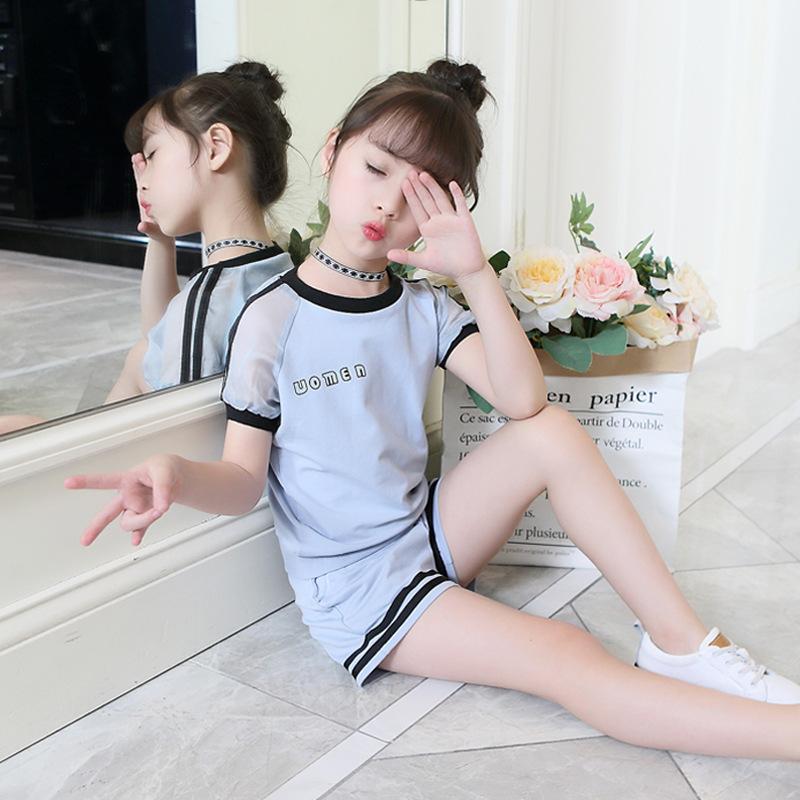 Três cores meninas verão crianças crianças define esportes terno, alfabeto coreano, manga curta duas peças. Frete grátis