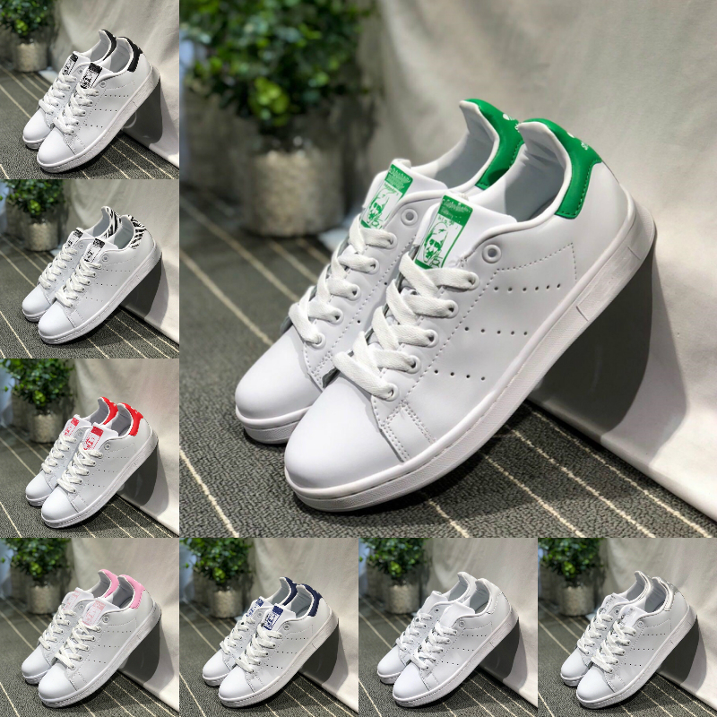 adidas Stan Smith Nouveaux Originals Stan Smith Chaussures Pas Cher Designer Femmes Hommes Baskets Casual Superstars En Cuir Skateboard Poinçonnage