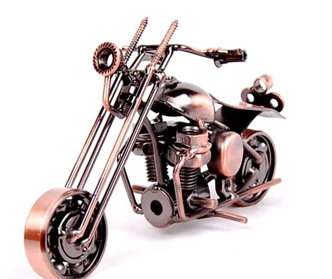 Motor Figurine (16)