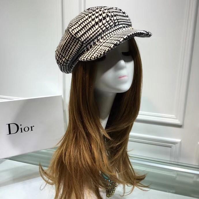 Dome to berry cap, cashmere fabrics, qiu dong joker, elegant and aristocratic temperament