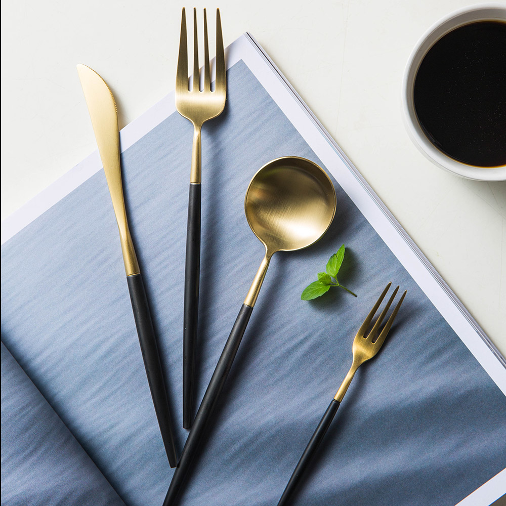 5 piezas Juego de pan de oro y negro