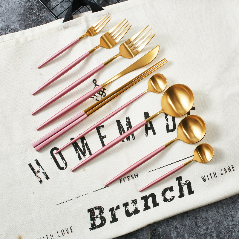 Pink Gold Dinnerware set (4)