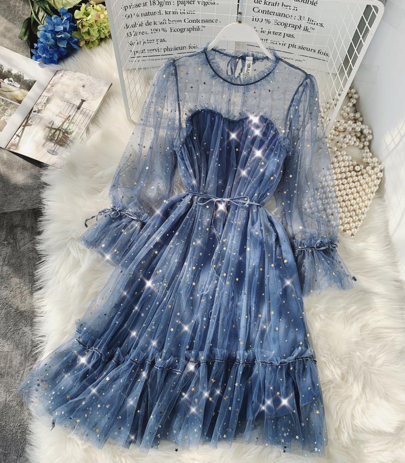 Spring New Female O-neck Flare Sleeve Stars Sequined Mesh Shiny Fairy Dress Women Solid Color Elegant Bling Pleated Dresses Q190513