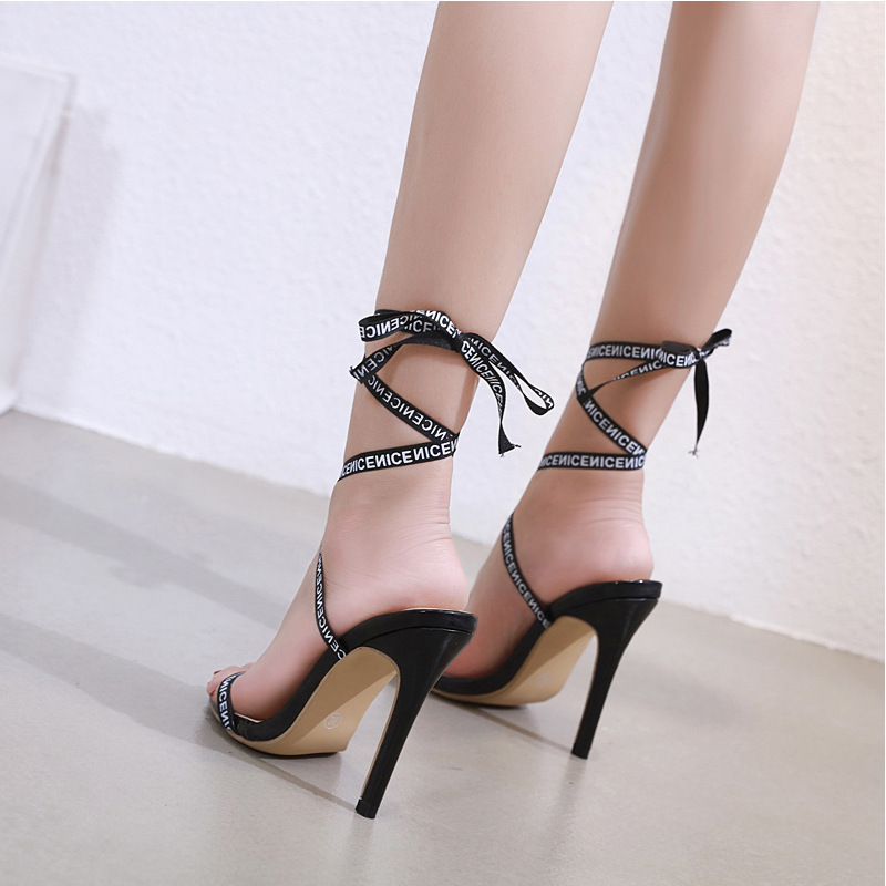 Hot2019 Toe And Wind Printing Bandage Fine With Sexy Grace Ma'am Sandals