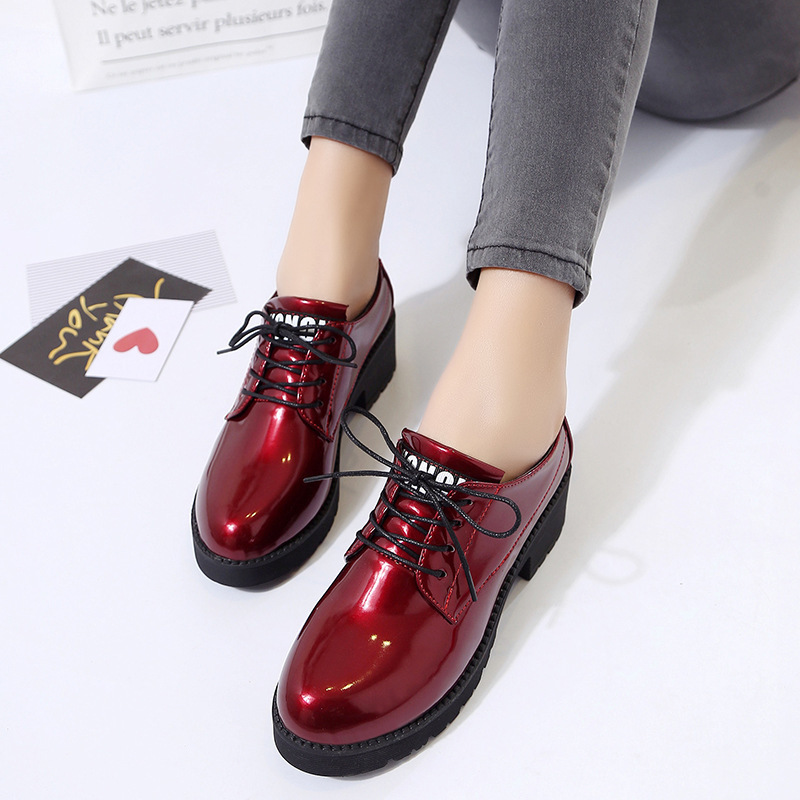 Thick Bottom Women Flat Platform Shoes Fashion Design Round Toe Lace-up Women Casual Shoes British Style Women Brogue Shoes899