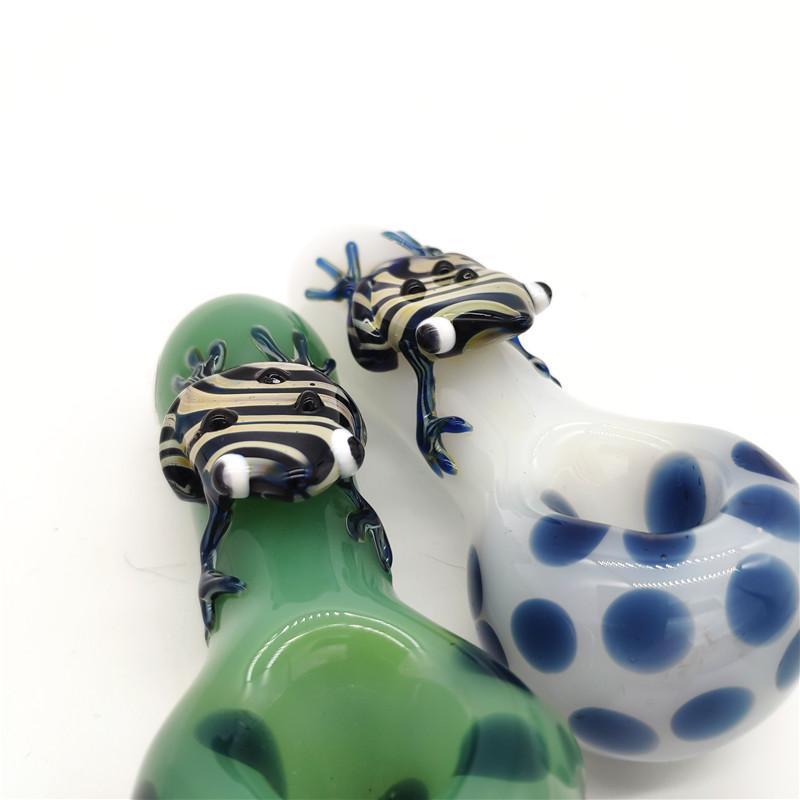 Курительные стеклянные трубки Нефтяная горелка Ручные трубки Лапы Лягушка Симпатичная труба для воды
