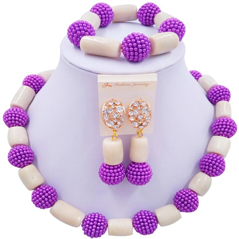 Jewelery Set Purple and Beige