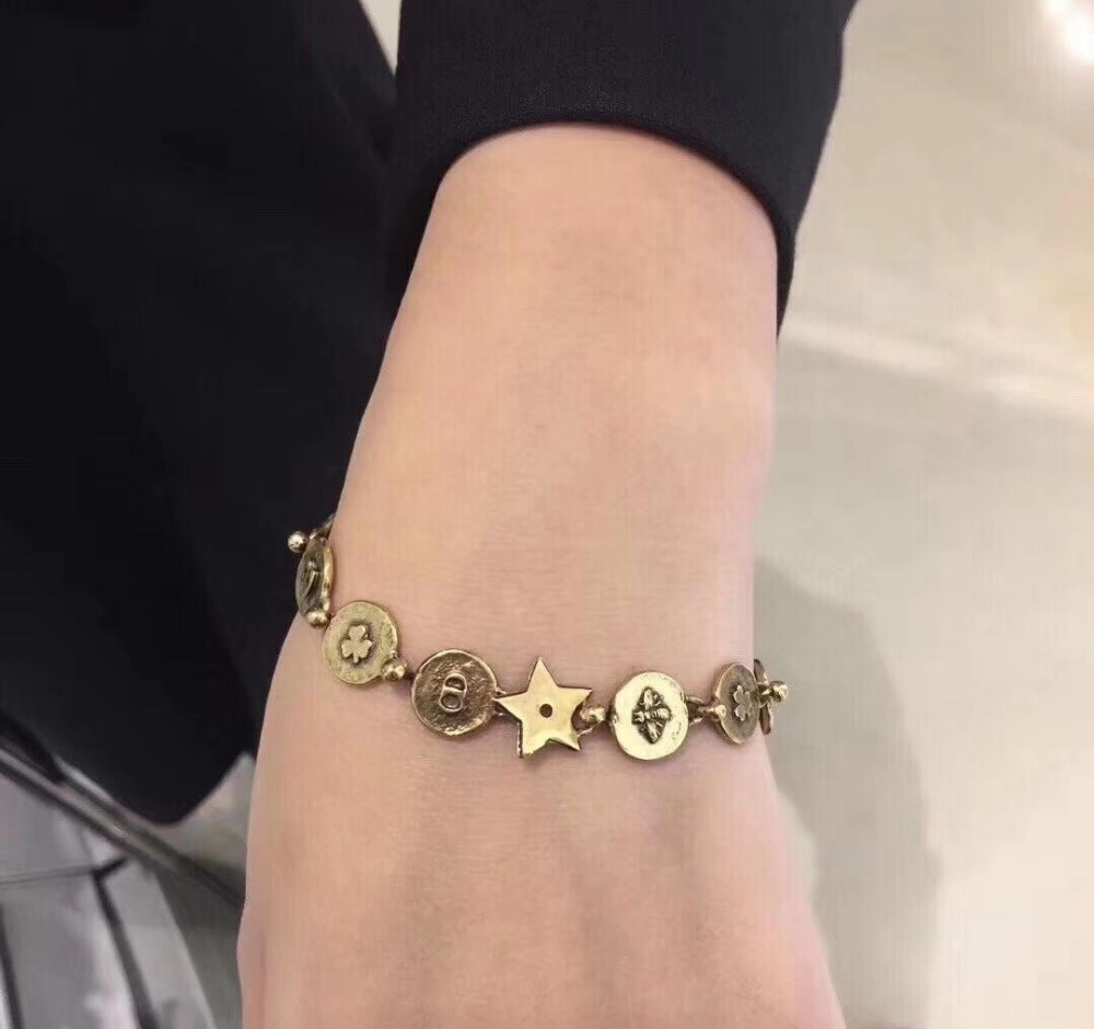 Los amuletos de plata con cuentas de Lucky Charms cruzan pulseras de niñas para mujeres con conjunto de colgantes de corazón