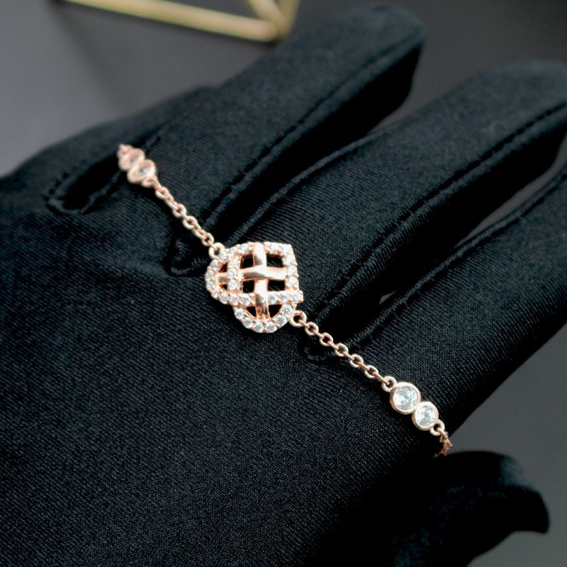 2019 new European and American big-name suit love bracelet micro-dipped diamond gold-plated rose gold extraction PULL Adjust Weave Heart-s