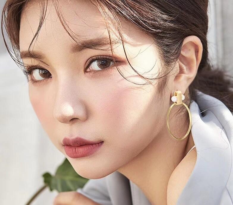 Women's jewelry 2019 double pearl ring earrings avant-garde personality fashion simple