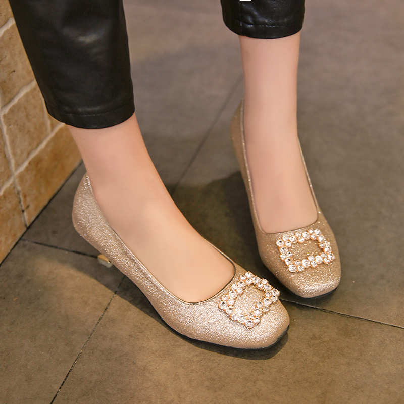 Zapatos de vestir Tamaño grande 35-41 Vestido de mujer Tacones altos Bombas Deslizamiento deslumbrante en punta cuadrada Señoras Bomba de cristal Zapatos Mujer 6064