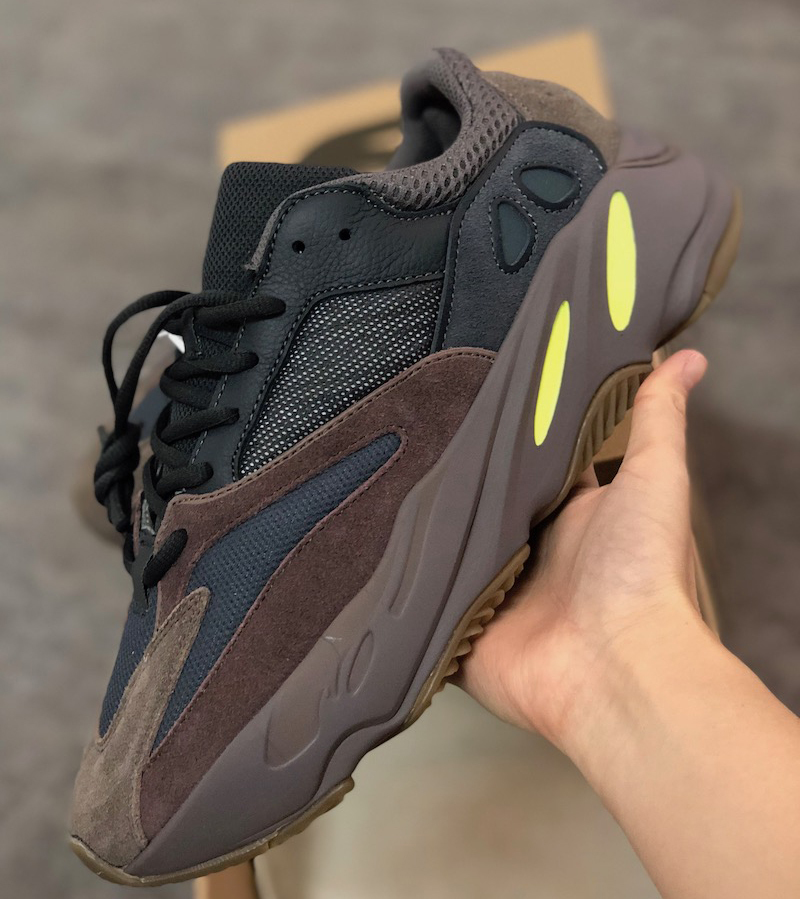 Designer Brand Kanye West 700 Static Refective Sneakers Real Soft Soles Wave Runner Running Shoes Designer Trainers SZ US 5-13