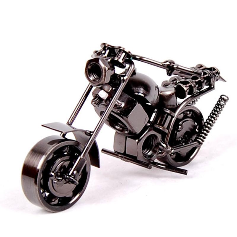 Motor Figurine (12)